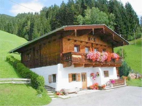 Hotellikuvia: Appartementhaus Eberharter, Hart im Zillertal