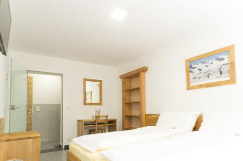 Hotellikuvia: Gästezimmer im Steinwerk, Traiskirchen