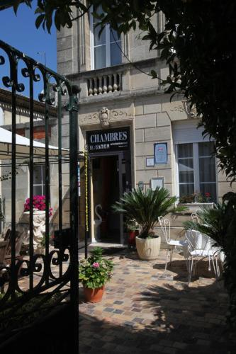 Hotel Pictures: , Saint-Loubès