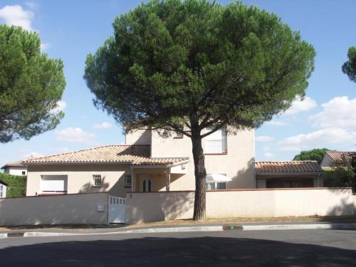 Hotel Pictures: Chambres d'Hôtes Le Saint Ô Détente, Saint-Orens-de-Gameville