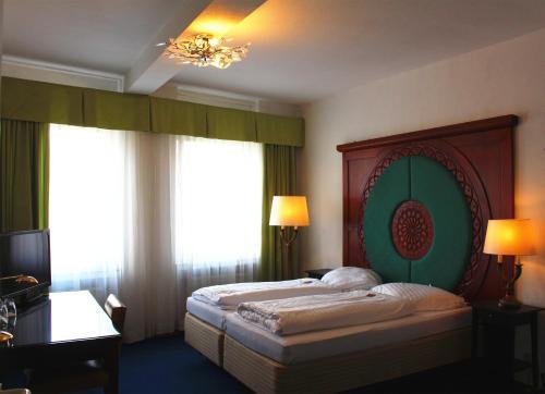 Hotel Pictures: Hotel-Restaurant Heute, Frechen