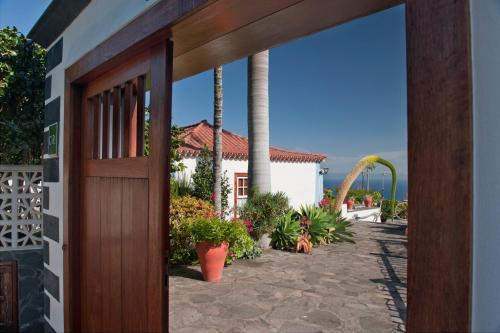 Hotel Pictures: Casa Rural Tio Pedro, Mazo