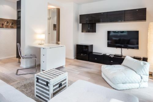 GL Apartments Suites