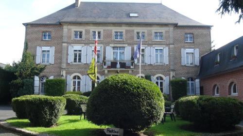 Hotel Pictures: , Étréaupont