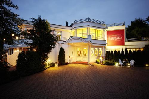 Hotel Pictures: Kurpark Villa Aslan, Olsberg
