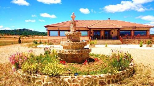 Hotel Pictures: , Fuente Encalada