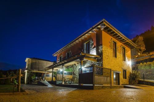 Hotel Pictures: Alborada del Eo, Vegadeo