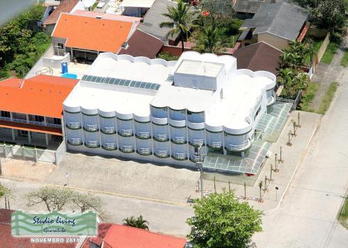 Hotel Pictures: Residencial Studio Living, Guaratuba