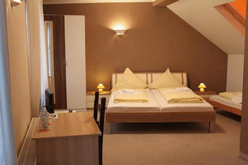Hotel Pictures: Hotel Orchidee, Hilden