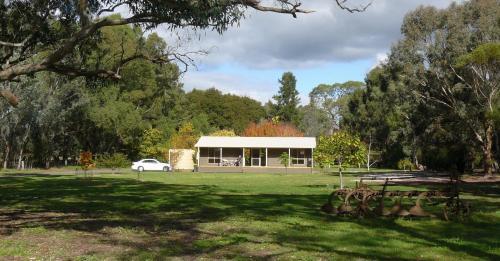 Foto Hotel: Camawald Coonawarra Cottage B&B, Coonawarra