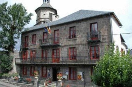 Hotel Pictures: , Besse-et-Saint-Anastaise