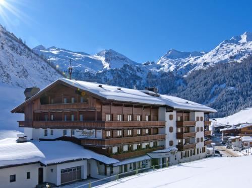 ホテル写真: Hotel Alpenhof, トゥクス