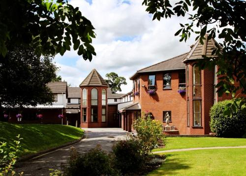 Hotel Pictures: Beaufort Park Hotel, Mold