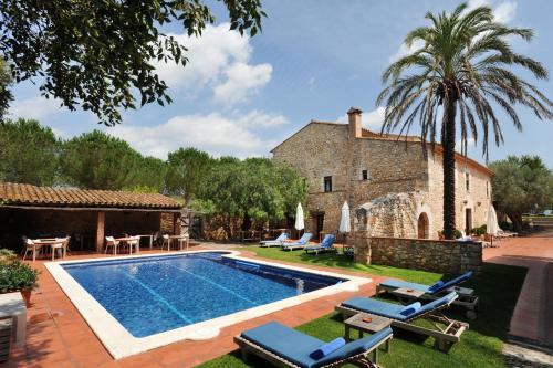 Hotel Pictures: Mas Falgarona, Avinyonet de Puigventós