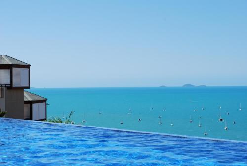 Фотографии отеля: Pinnacles Resort, Эйрли-Бич
