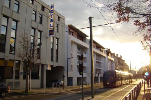 Hotel Pictures: Stars Bordeaux Gare Saint Jean, Bordeaux