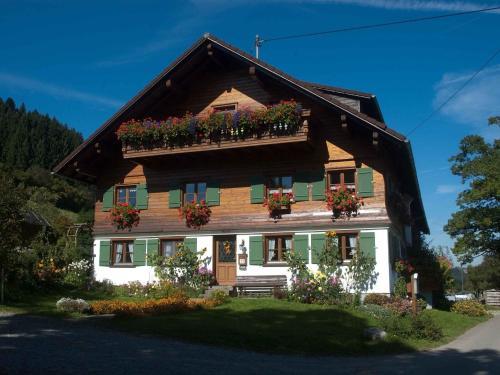 Hotel Pictures: Ferienhof Reichart, Scheidegg