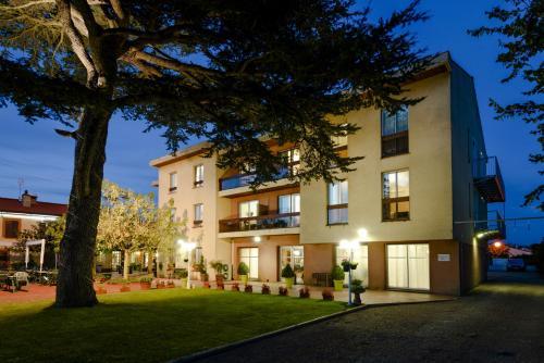Hotel Pictures: , Fonbeauzard