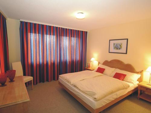 Three-Bedroom Apartment Chalchboda 2