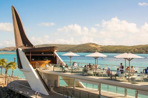 Hotellikuvia: Yacht Club Villa, Hamilton Island