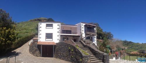 Hotel Pictures: Finca Los Geranios, Tegueste