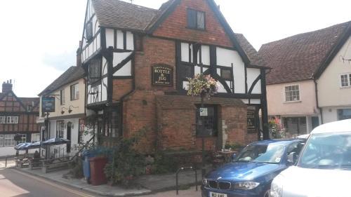 Hotel Pictures: The Swan Inn, Midhurst