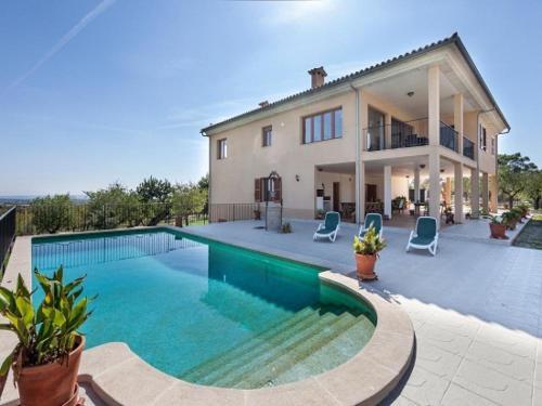 Villa in Campanet VII