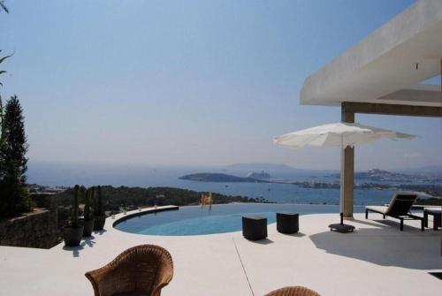 Villa in Ibiza I