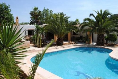 Hotel Pictures: Villa in Porroig II, Es Cubells
