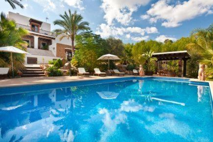 Hotel Pictures: Villa in Santa Eulalia Del Rio VII, Sant Carles de Peralta