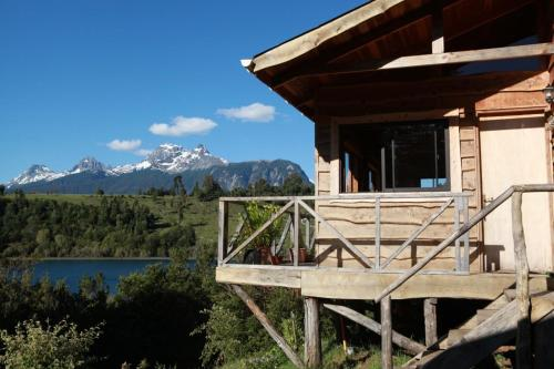 Hotel Pictures: Lago Negro Lodge, La Junta