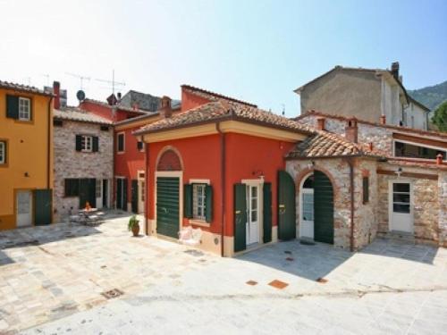 Apartment in Lucca VI