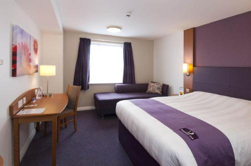 Premier Inn London Gatwick Airport South - London Road