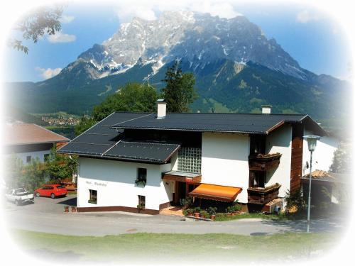 Zdjęcia hotelu: Haus Bergfrieden, Lermoos