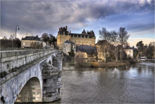 Hotel Pictures: Chateau de Durtal, Durtal