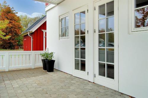 Hotel Pictures: Apartment Gråsten 302 with Sauna and Terrace, Gråsten