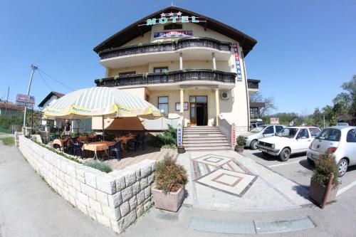 Φωτογραφίες: Motel MaxiMilian, Lužani