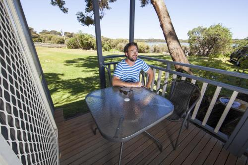 Hotel Pictures: Lakeside Tourist Park, Robe