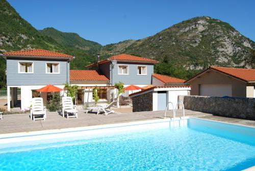 Hotel Pictures: Les Terrasses De Castelmerle, Niaux