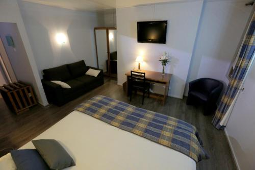 Hotel Pictures: , Senonches