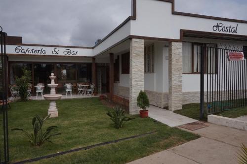 Hotel Pictures: Hostal y Cabañas La Moderna, Quintero