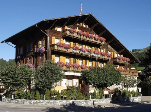 Hotel Pictures: Hotel Saanerhof, Saanen