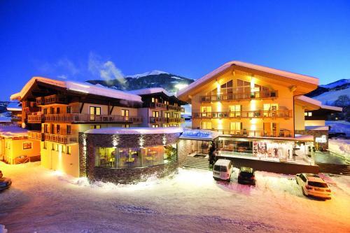 Fotografie hotelů: Hotel Alpina, Saalbach Hinterglemm