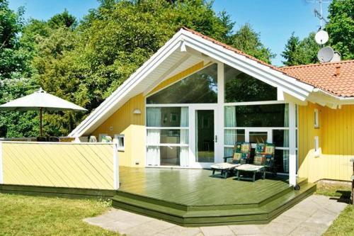 Hotel Pictures: Five-Bedroom Holiday home in Strøby, Strøby Ladeplads
