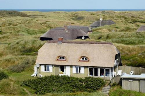 Hotel Pictures: Three-Bedroom Holiday home in Oksbøl 7, Vejers Strand