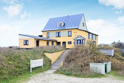 Hotel Pictures: Two-Bedroom Holiday home in Vejers Strand 1, Vejers Strand