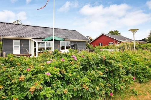 Hotel Pictures: Two-Bedroom Holiday home in Haderslev 7, Flovt