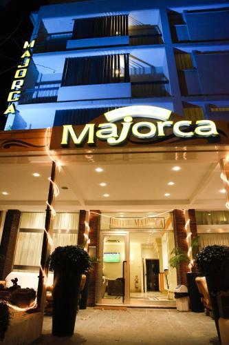 Hotel trevi riccione riccione prenotazione on line for Bagno 68 riccione