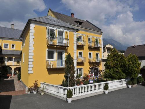 Fotos del hotel: Pension Frenzl - Kaiser von Österreich, Hermagor