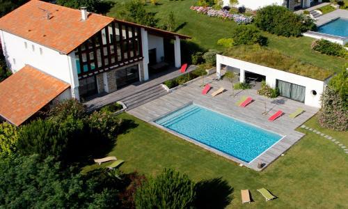 Hotel Pictures: , Saint-Jean-de-Luz
